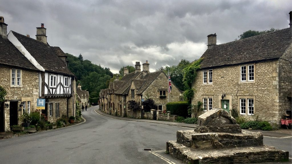 SEVEN BEAUTIFUL TOWNS TO VISIT IN THE UK THIS SUMMER